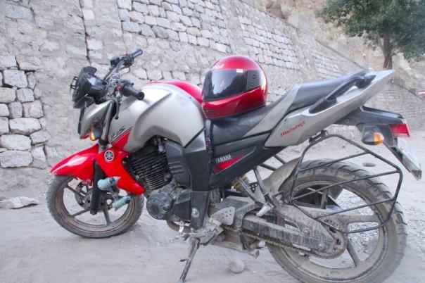 レー バイク ラダック